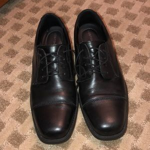 Bostonian Classic Men's Black Dress Shoe